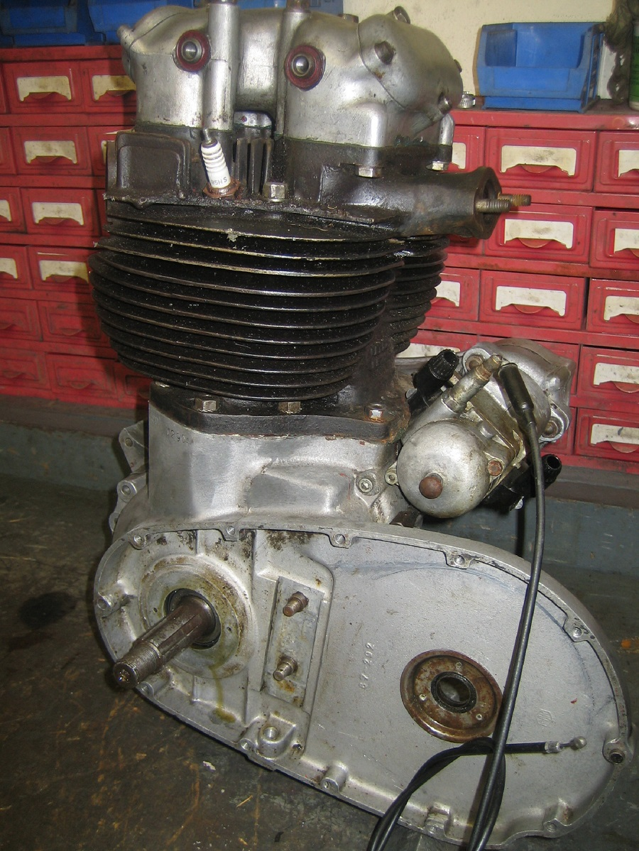 1951 BSA A10 Golden Flash: Full Engine Rebuild